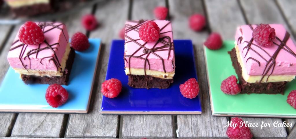 browniecheesecake med hindbærmousse